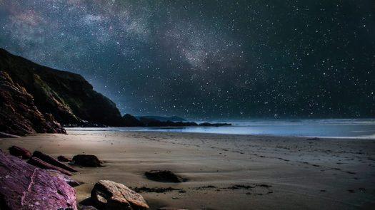 cropped-beach-cliffs-evening-977736.jpg