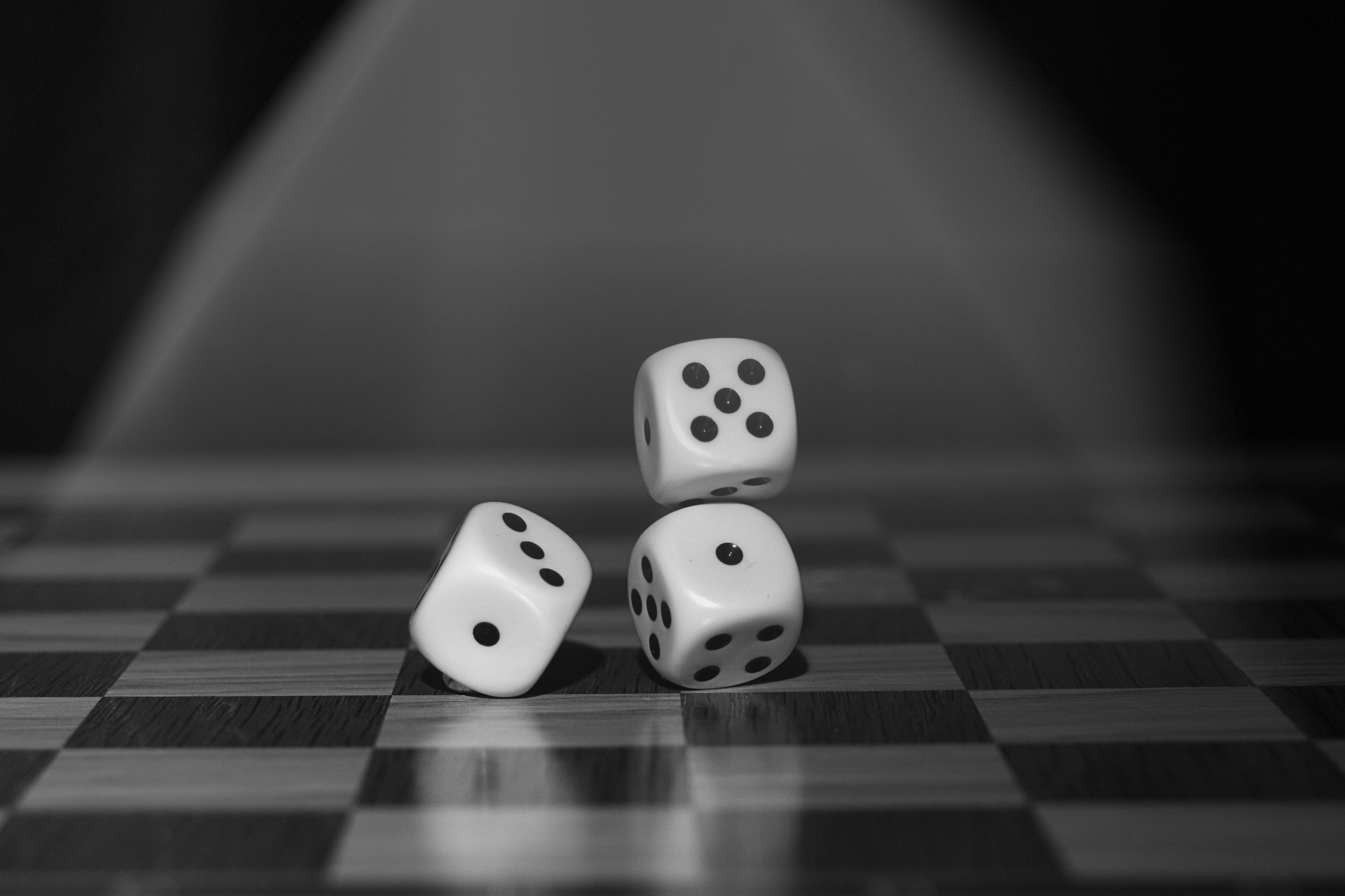 black-and-white-board-board-game-122427